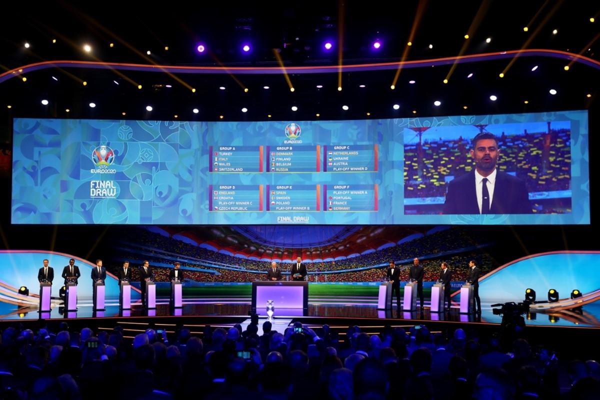 ¡Vaya grupos! Listo el sorteo para la Eurocopa 2020.