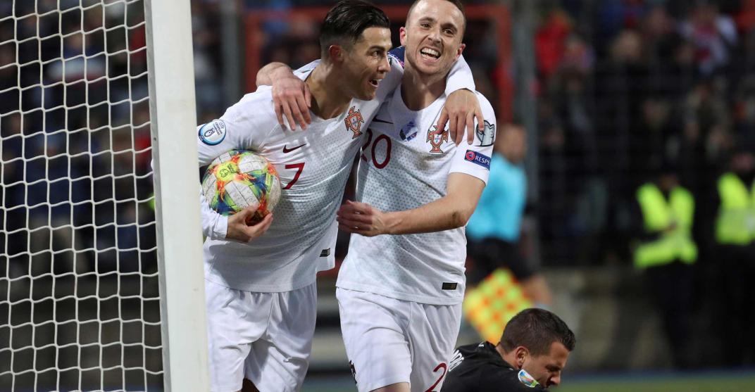 Cristiano Ronaldo llegó a los 99 goles y llevó a Portugal a la Eurocopa