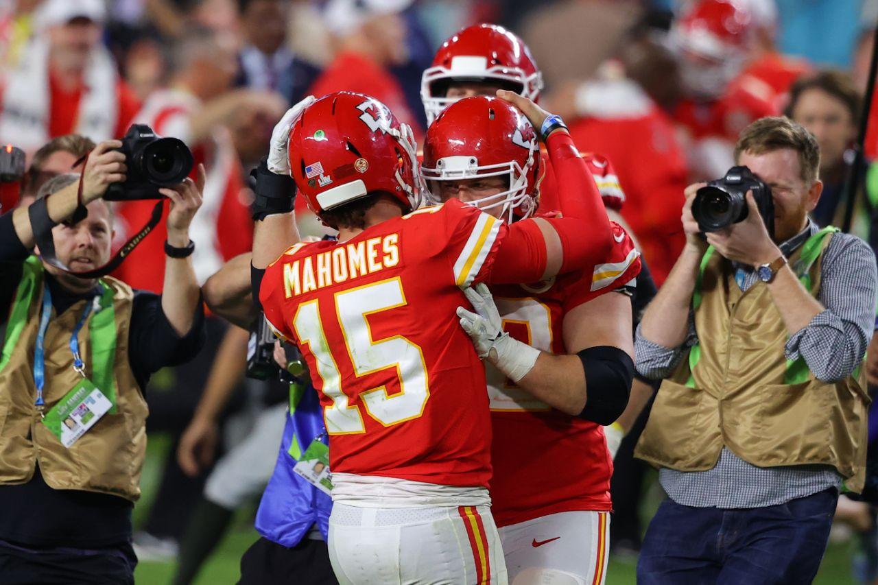 Chiefs de Kansas City se coronan campeones del Super Bowl #54