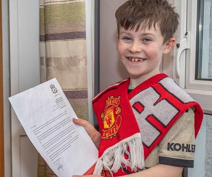 Niño escribe carta a  Jürgen Klopp pidiéndole que deje de ganar partidos.