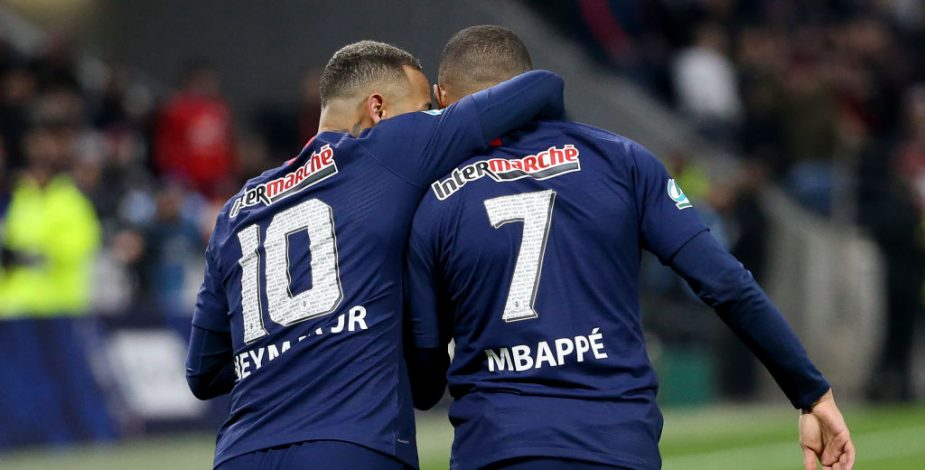 Neymar y Mbappé se bajan el sueldo a la mitad.