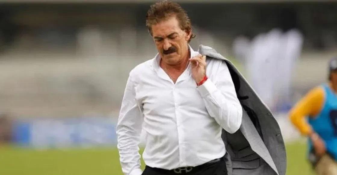 Ricardo La Volpe anuncia su retiro como director técnico.