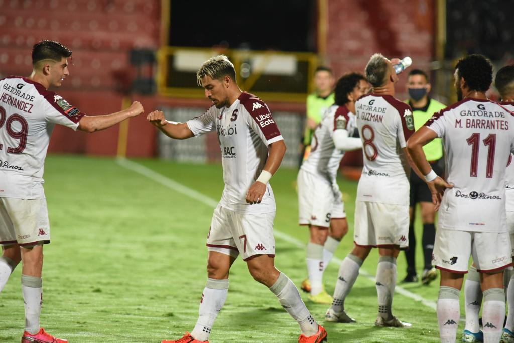 ¡Empate justo! Saprissa tuvo capacidad de reacción ante un Alajuelense que, otra vez, no supo cerrar el partido.