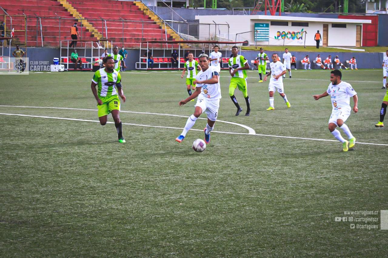 Cartaginés debutó en el Apertura 2020 empatando con Limón FC en Guápiles.