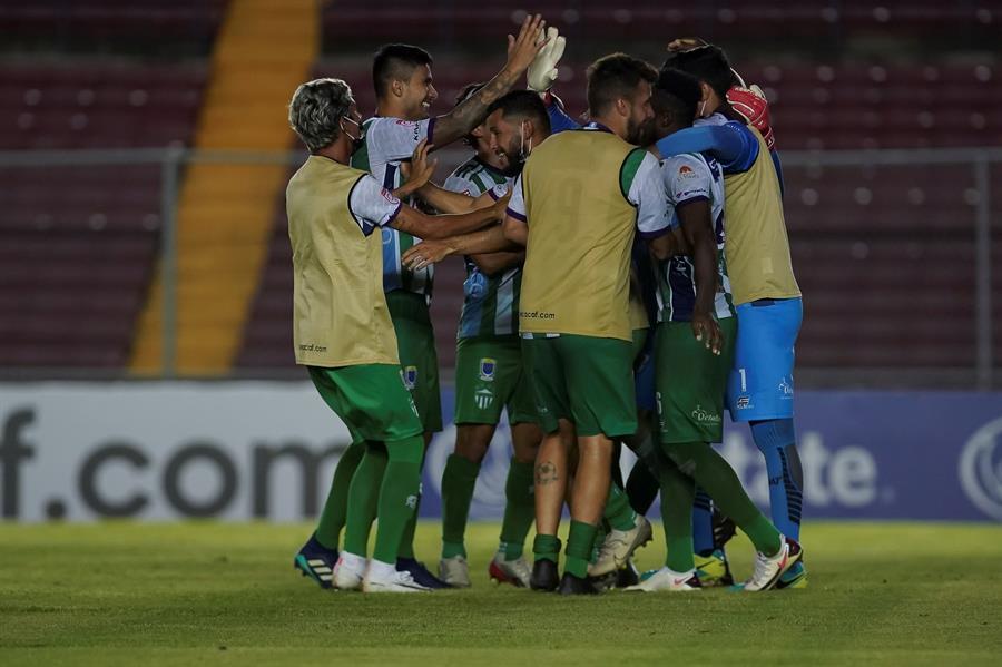 Antigua de Guatemala derrotó en penales al CAI de Panamá y avanzó a octavos de la Liga Concacaf.