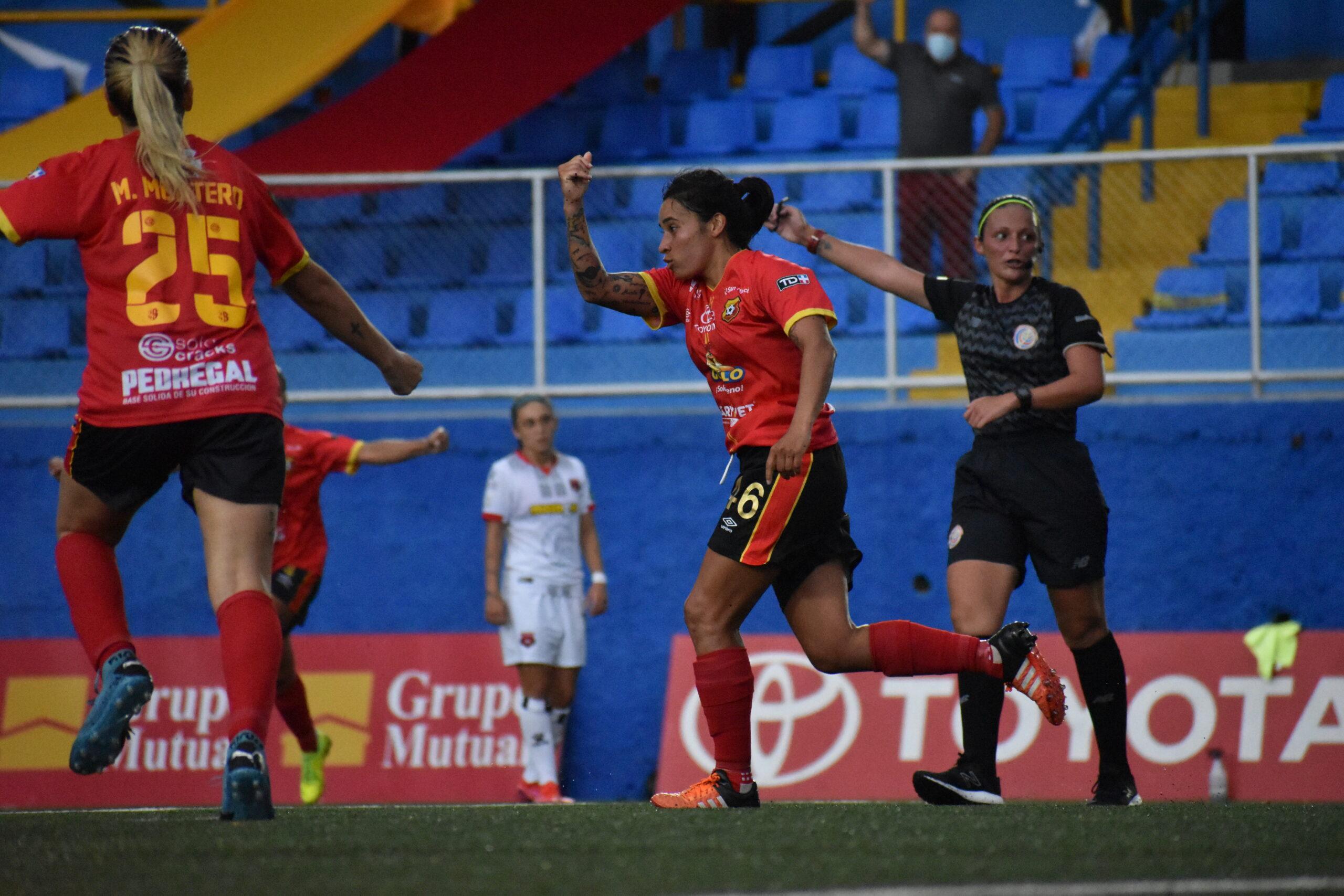 Herediano remontó y se dejó los tres puntos ante Alajuelense en el inicio de la Cuadrangular A del fútbol femenino.