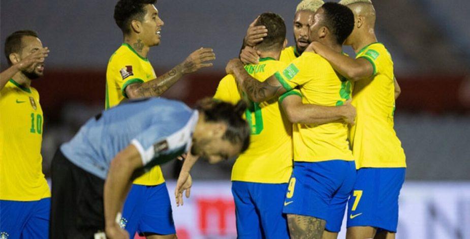 Brasil tumbó a Uruguay a domicilio y quedó como líder invicto de las Eliminatorias Sudamericanas.