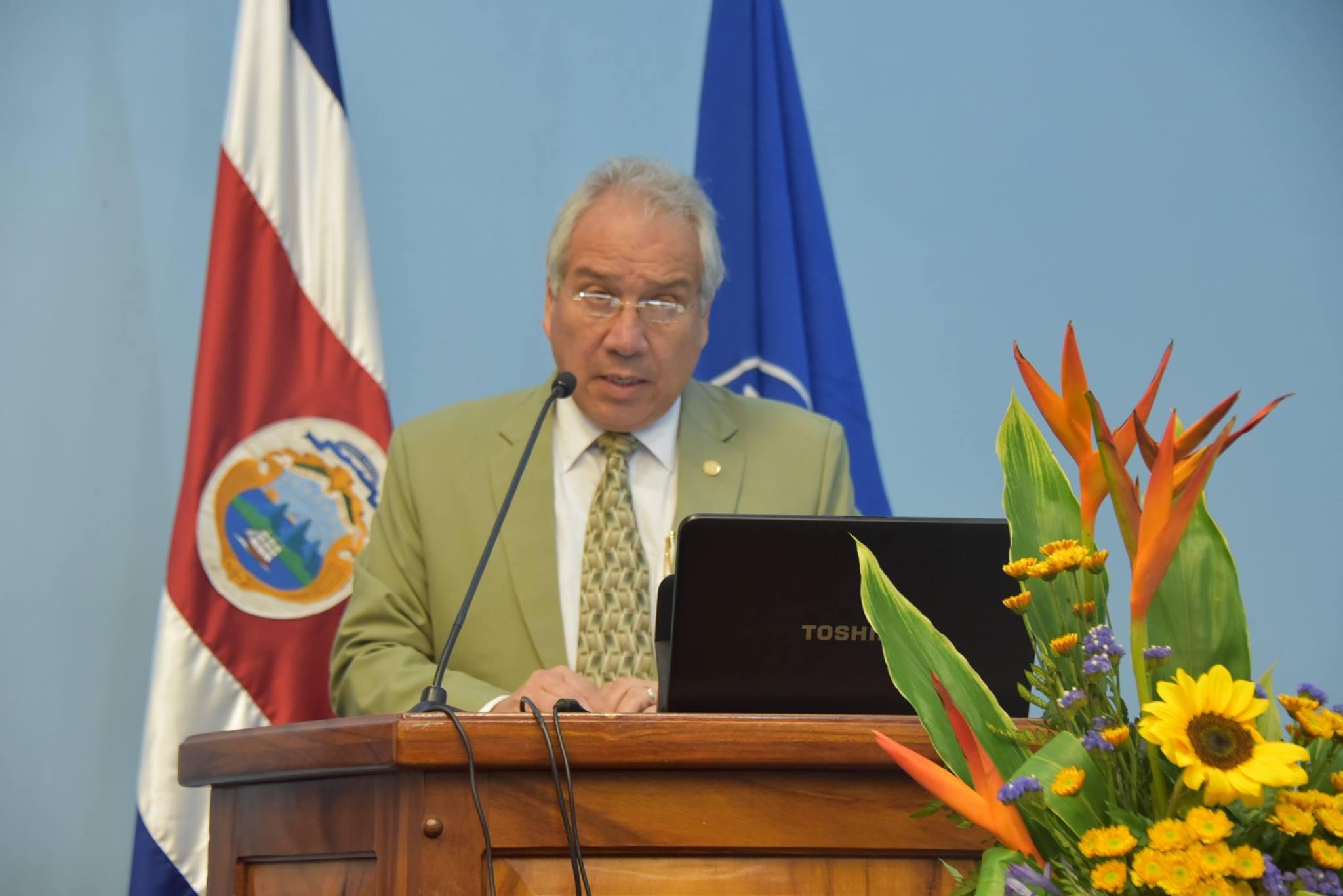 Doctor Andrés  Castillo es el nuevo coordinador de la Comisión Médica de UNAFUT.