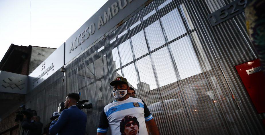 Diego Maradona fue operado con éxito tras delicado hematoma en la cabeza.