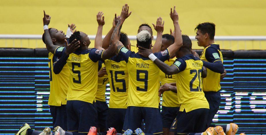 Ecuador humilló a Colombia llenándolos de goles en Quito.