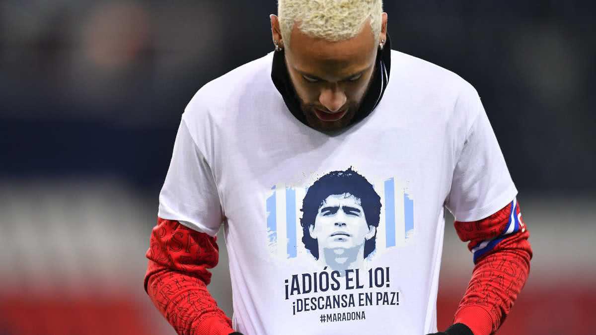 Neymar llega a 50 goles en Francia con dedicatoria para Maradona.