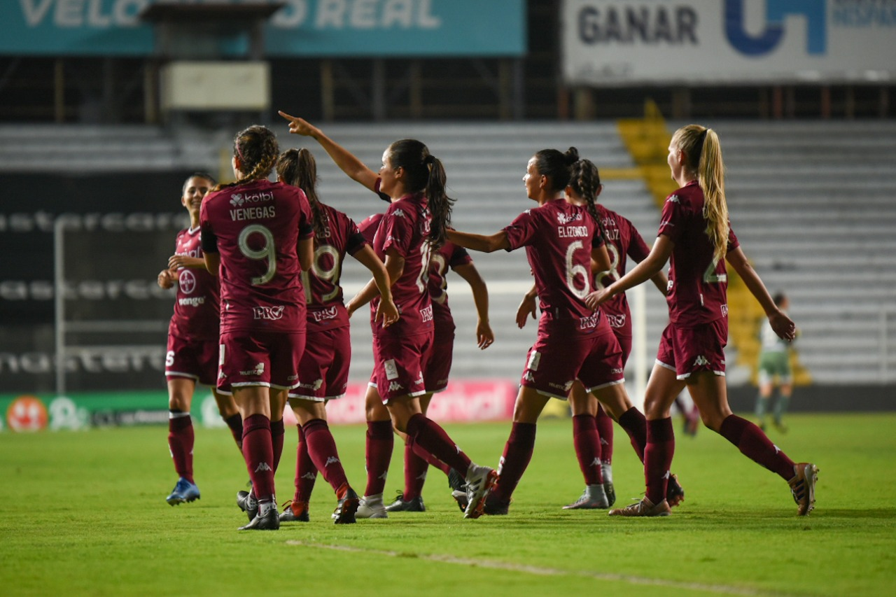 Saprissa Femenino elimina a Alajuelense y buscará obligar a Herediano a una gran final.