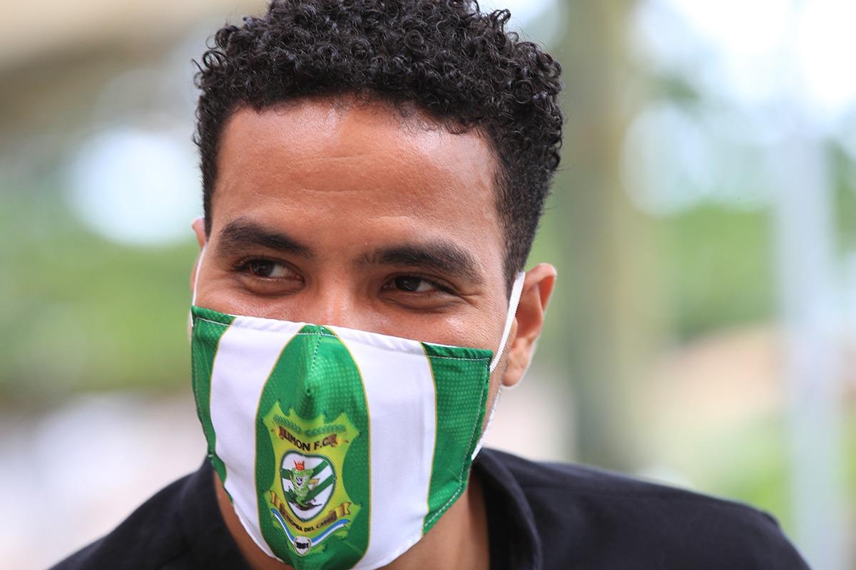 Esteban Alvarado es nuevo refuerzo de Limón FC por los próximos seis meses.