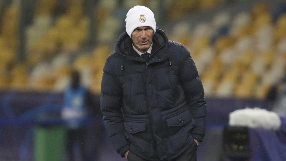 "Zinedine Zidane: ""No voy a dimitir, para nada""."