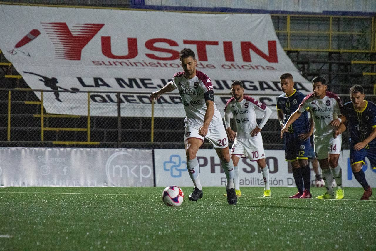 Un Saprissa estancado y sin convencer, apenas pudo rescatar un empate en su visita a Guadalupe FC.