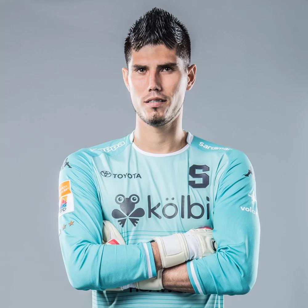 Aarón Cruz estará entre 2 y 3 tres semanas fuera por lesión.