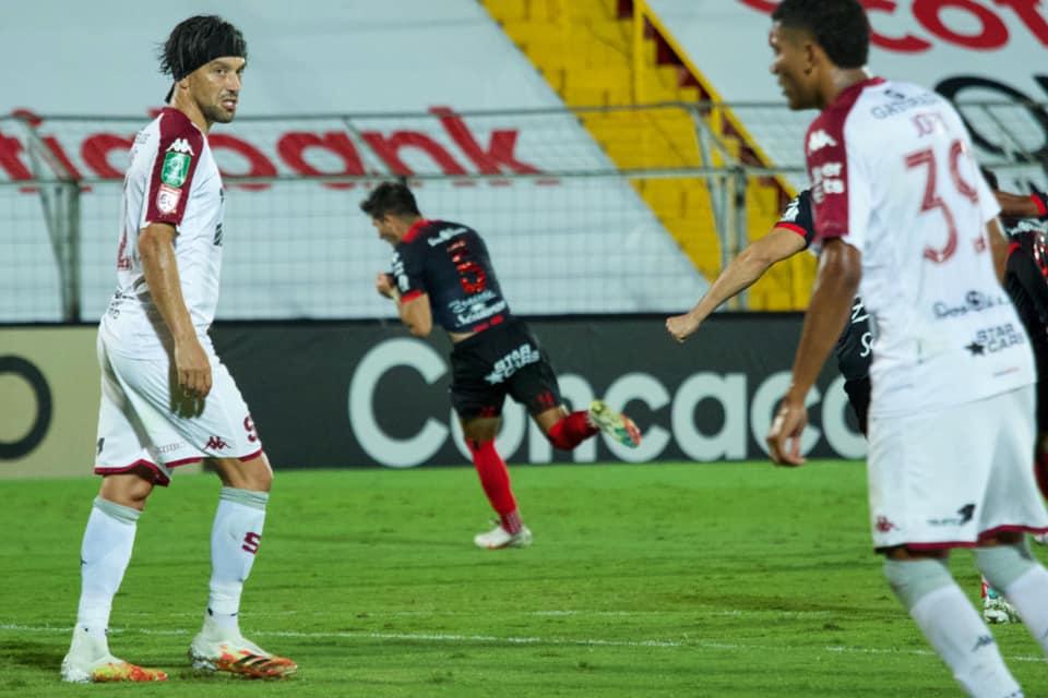Alajuelense es el mejor equipo del Clausura en casa y a domicilio. Saprissa y Sporting FC aún no ganan como visitantes.