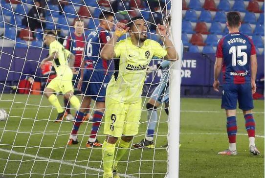Levante le aplicó el freno al Atlético de Madrid.