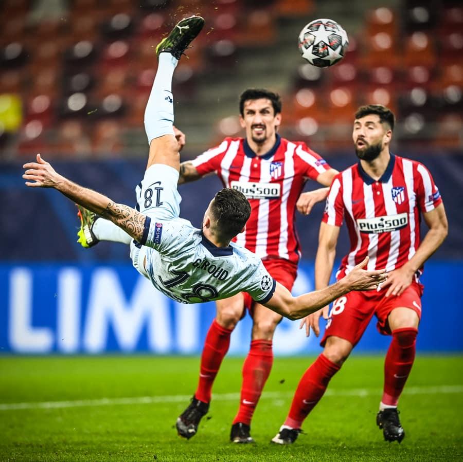 Con gol de Giroud, Chelsea venció de visita al Atlético de Madrid y lo pone contra las cuerdas.