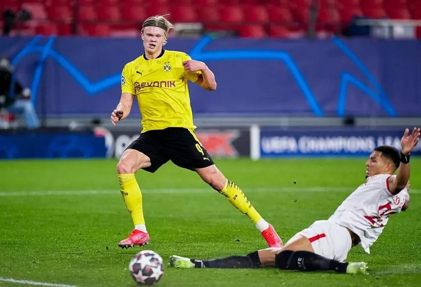 Champions League: Borussia Dortmund, con un Haaland inspirado, derrotó al Sevilla.