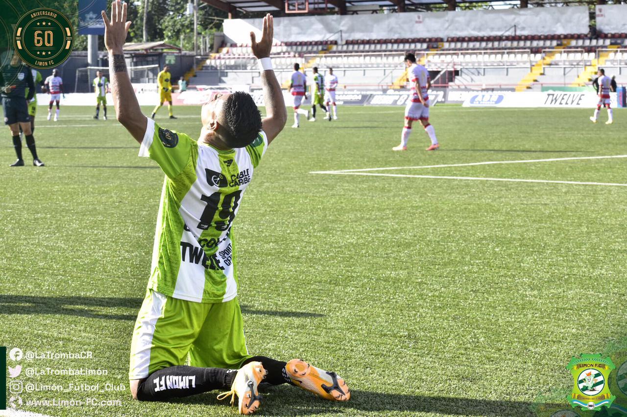 Limón FC salió del sótano tras derrotar como local al Santos.
