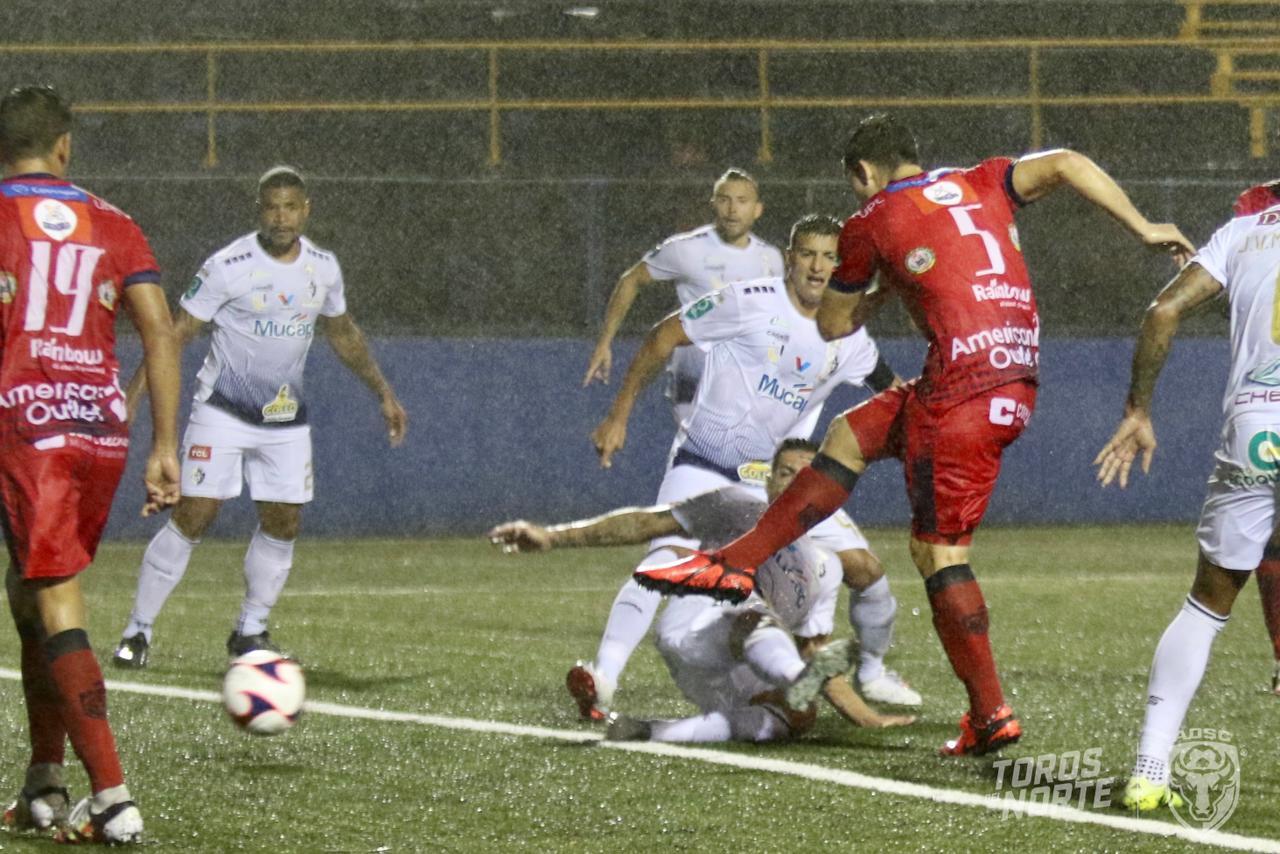 San Carlos y Cartaginés sumaron un partido más sin ganar.