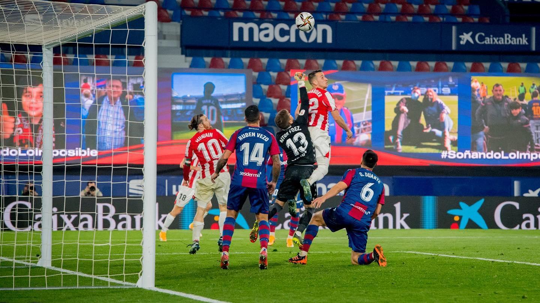Athletic de Bilbao clasifica a la final de la Copa del Rey eliminando al Levante de Oscar Duarte.