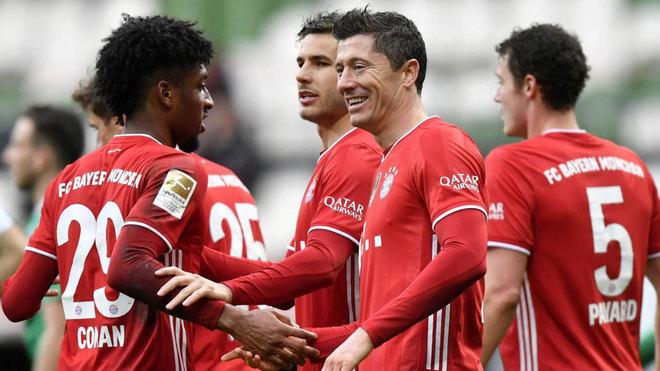 Bayern Múnich se exhibe ante el Werder Bremen con un Lewandowski que hace historia como goleador.