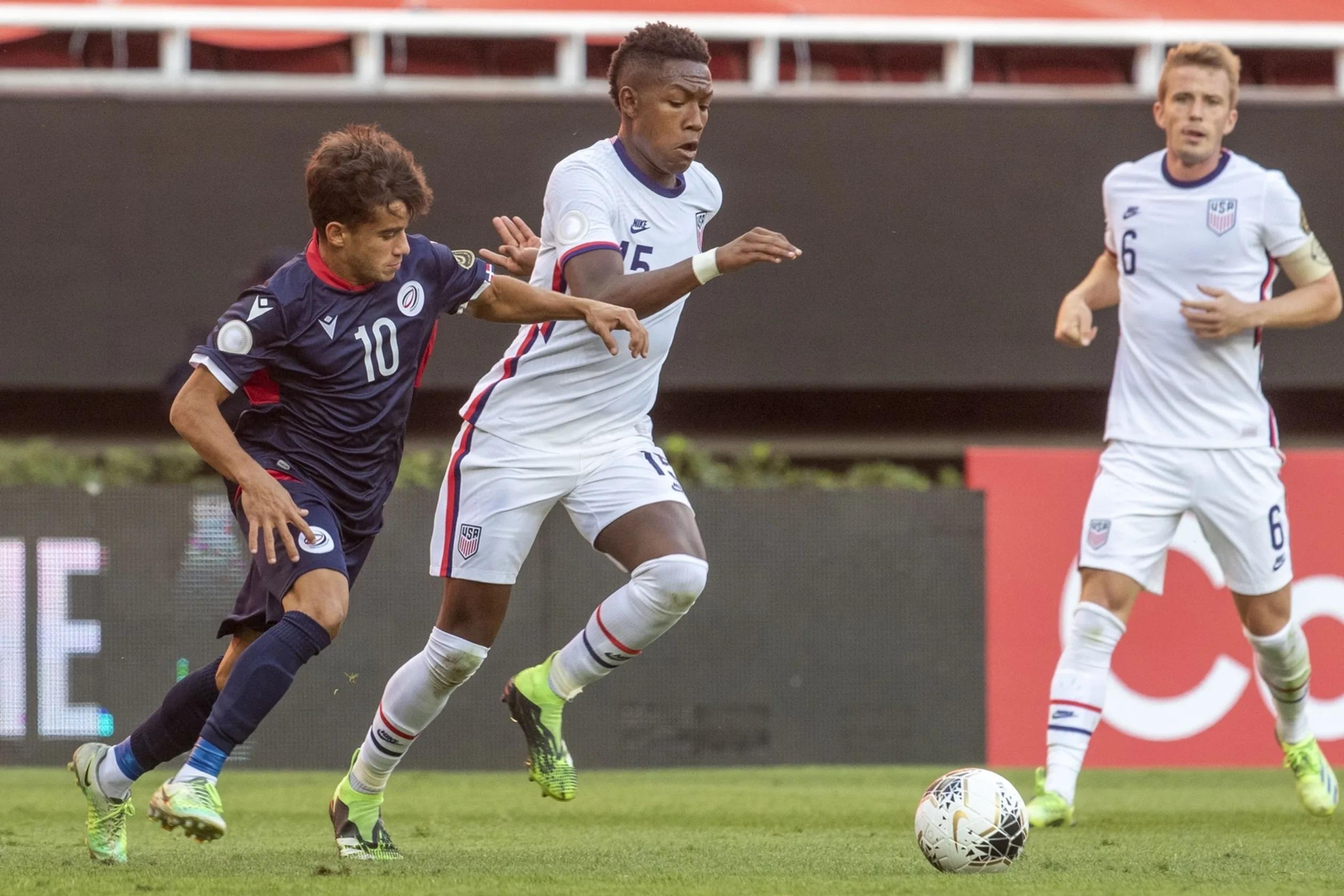Estados Unidos goleó a República Dominicana y clasificó a semifinales del Preolímpico.