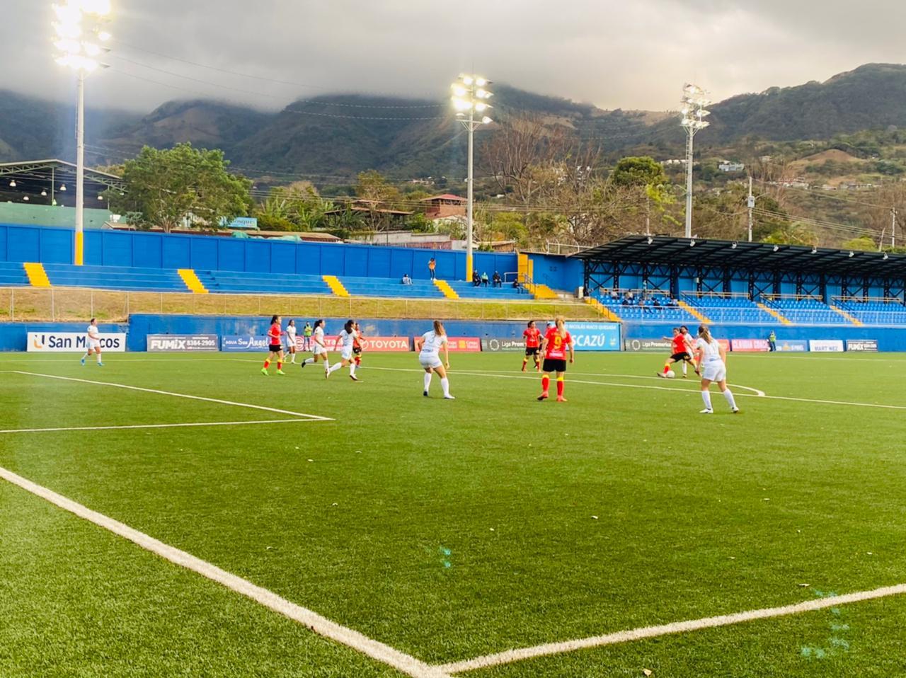 Herediano golea y retoma el primer lugar del Torneo Apertura 2021 de la Liga Femenina.