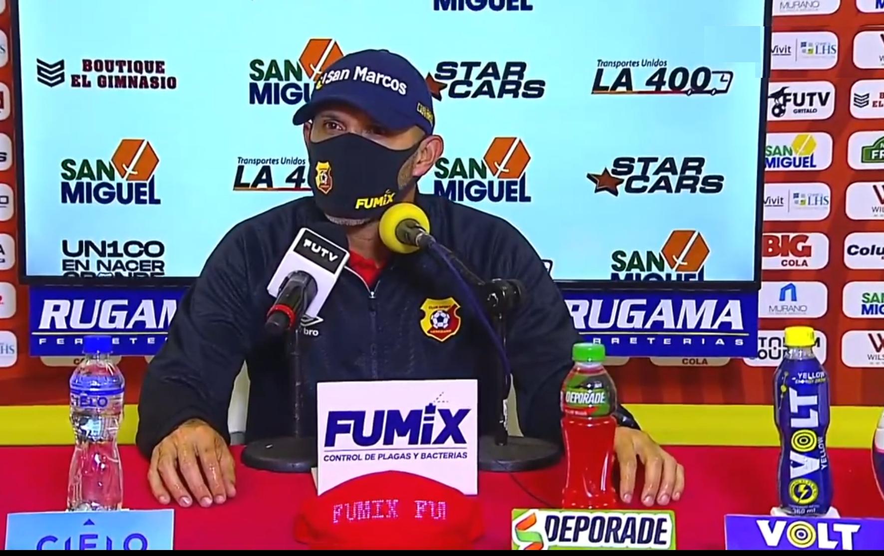 """Luis Marín: """"Necesitamos ir mejorando nuestra forma de jugar pero con resultados""""."""