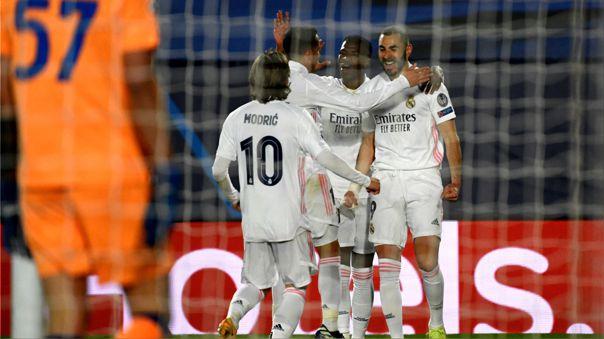 Real Madrid venció al Atalanta y clasificó a cuartos de final de la Champions League.