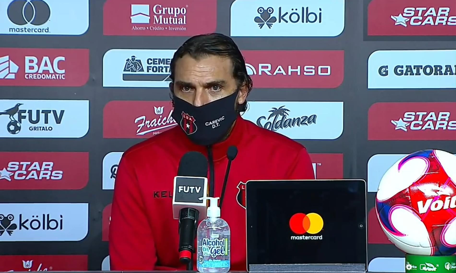 """Andrés Carevic: """"Hicimos un muy buen primer tiempo, en el segundo tuvimos altibajos, pero bueno, el rival también cuenta""""."""