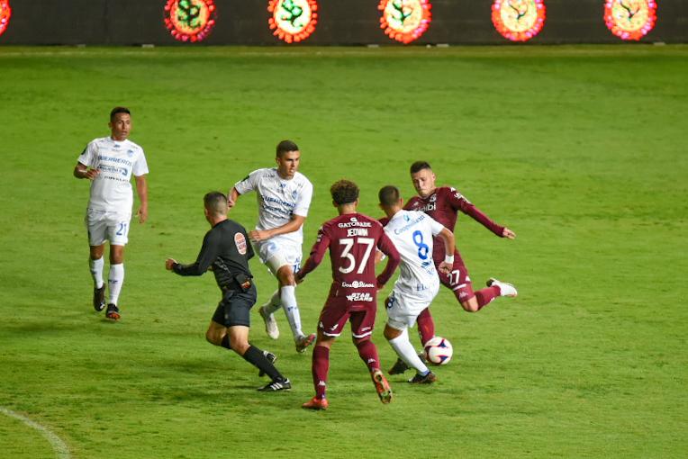 Saprissa salvó el empate ante el colero y acumula 8 partidos sin ganar en el Clausura 2021.