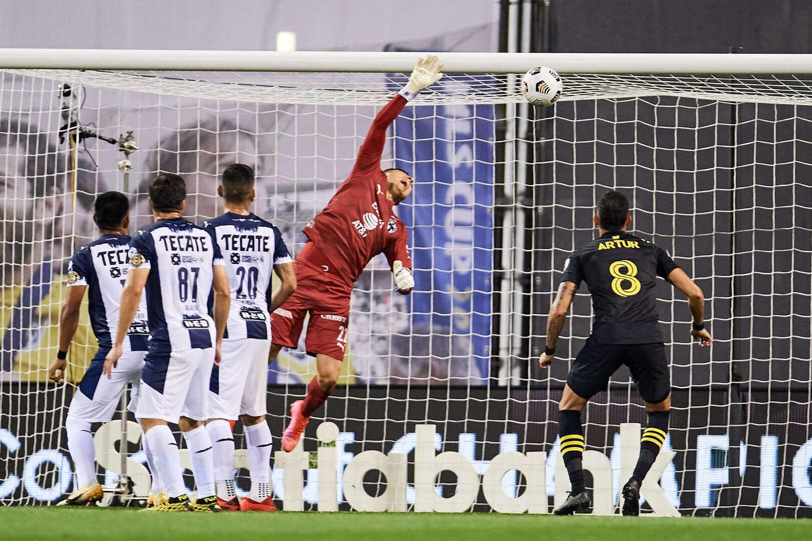 Columbus Crew y Monterrey empataron en la ida de los Cuartos de Final de la Concachampions.