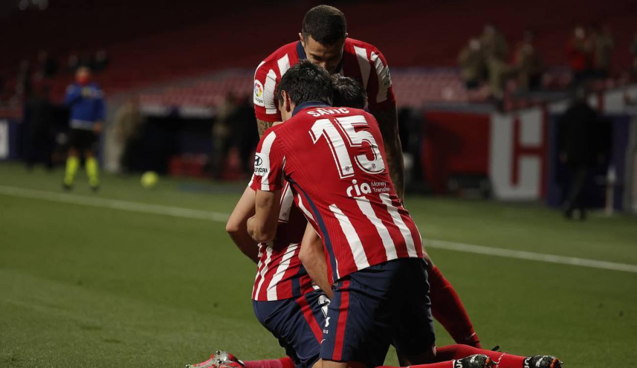 Atlético de Madrid da otro paso en firme al cetro tras imponerse a la Real Sociedad.