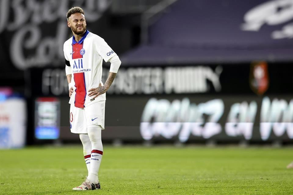 En semana para el olvido, PSG empata con el Rennes y se aleja del título en Francia.