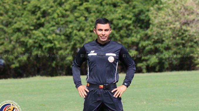 Adrián Chinchilla será el central en la final de vuelta entre Herediano y Saprissa.