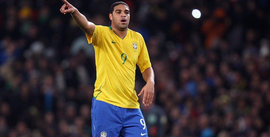 """Adriano: """"Tengo un agujero en el tobillo y otro en el alma que me ha dejado el fútbol"""""""