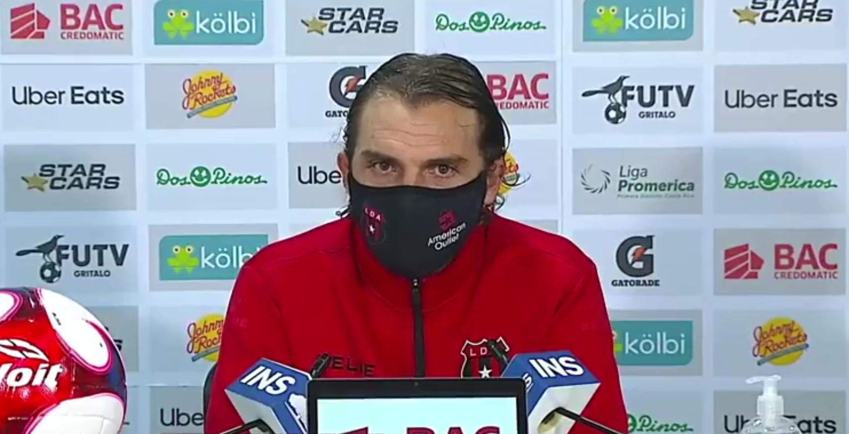 """Andrés Carevic: """"No tuvimos un buen partido, hubo muchas desatenciones que nos han costado el partido""""."""
