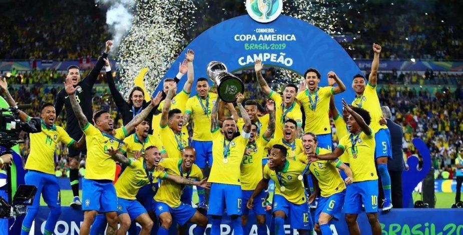 Copa América 2021 será finalmente en Brasil.