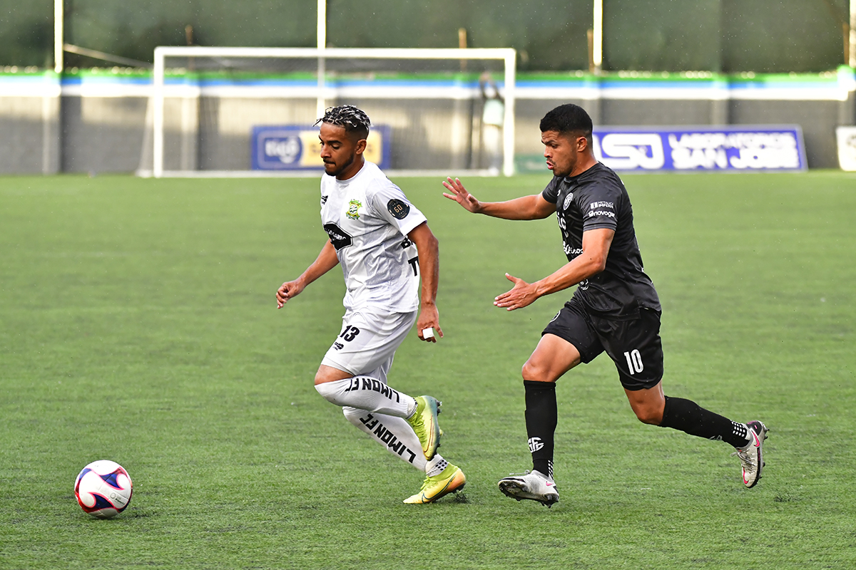 Sporting y Limón FC a definir su futuro en la Primera División.