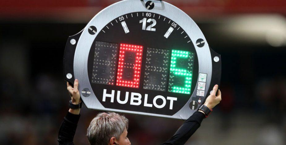 IFAB extendió hasta diciembre de 2022 la regla de hasta cinco cambios por partido.