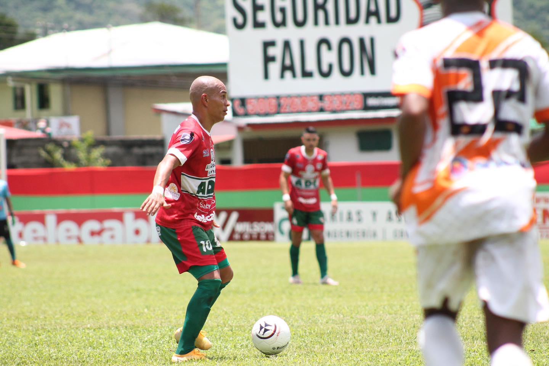 Guanacasteca y Puntarenas FC empatan en la pampa y decidirán el cetro del Clausura en el Lito Pérez.