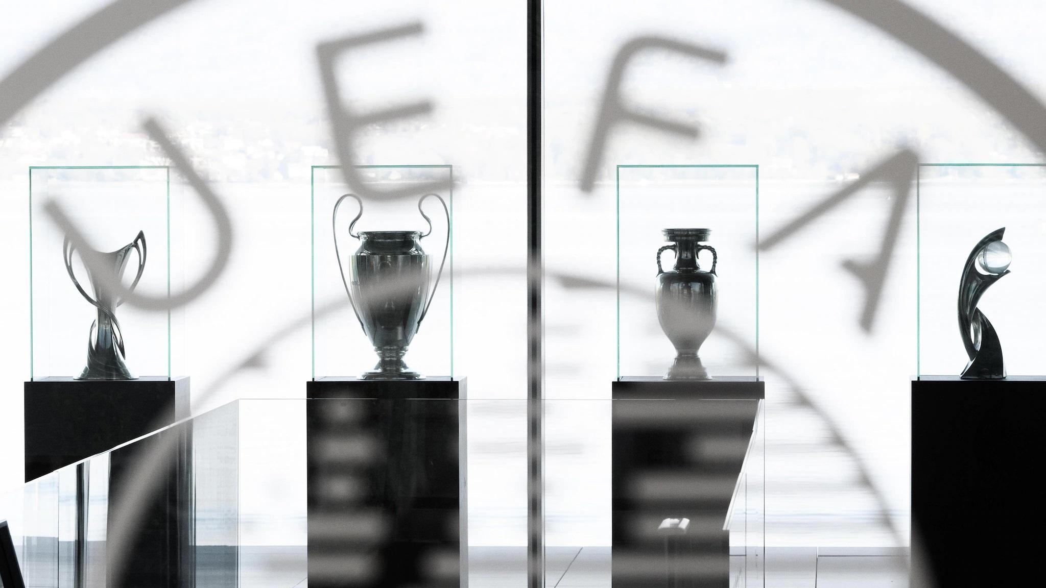 UEFA anunció primeras sanciones a 9 clubes arrepentidos de ser fundadores de la Superliga.