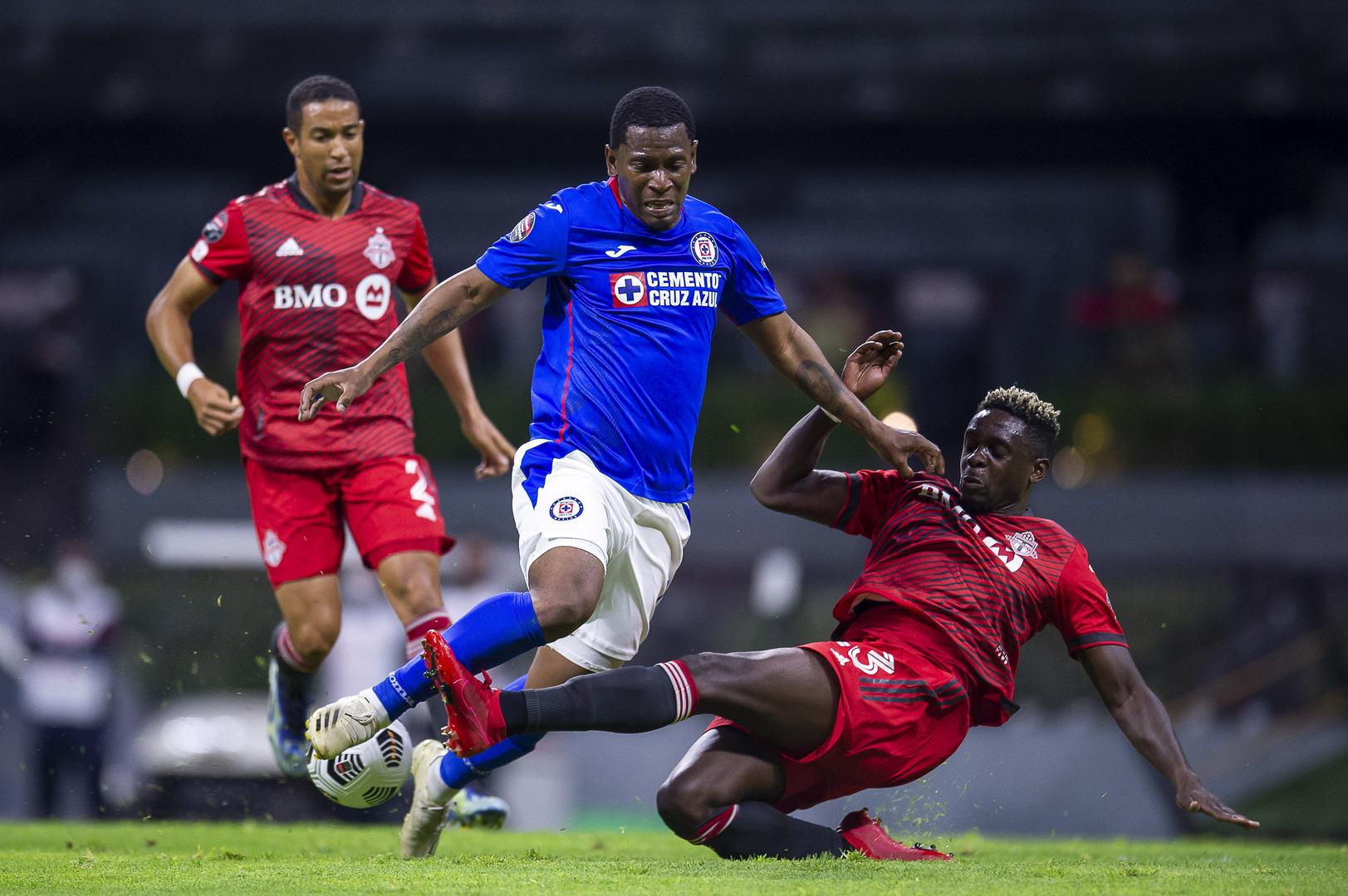 Cruz Azul gana la serie ante Toronto FC y se instala en semifinales de la Concachampions.