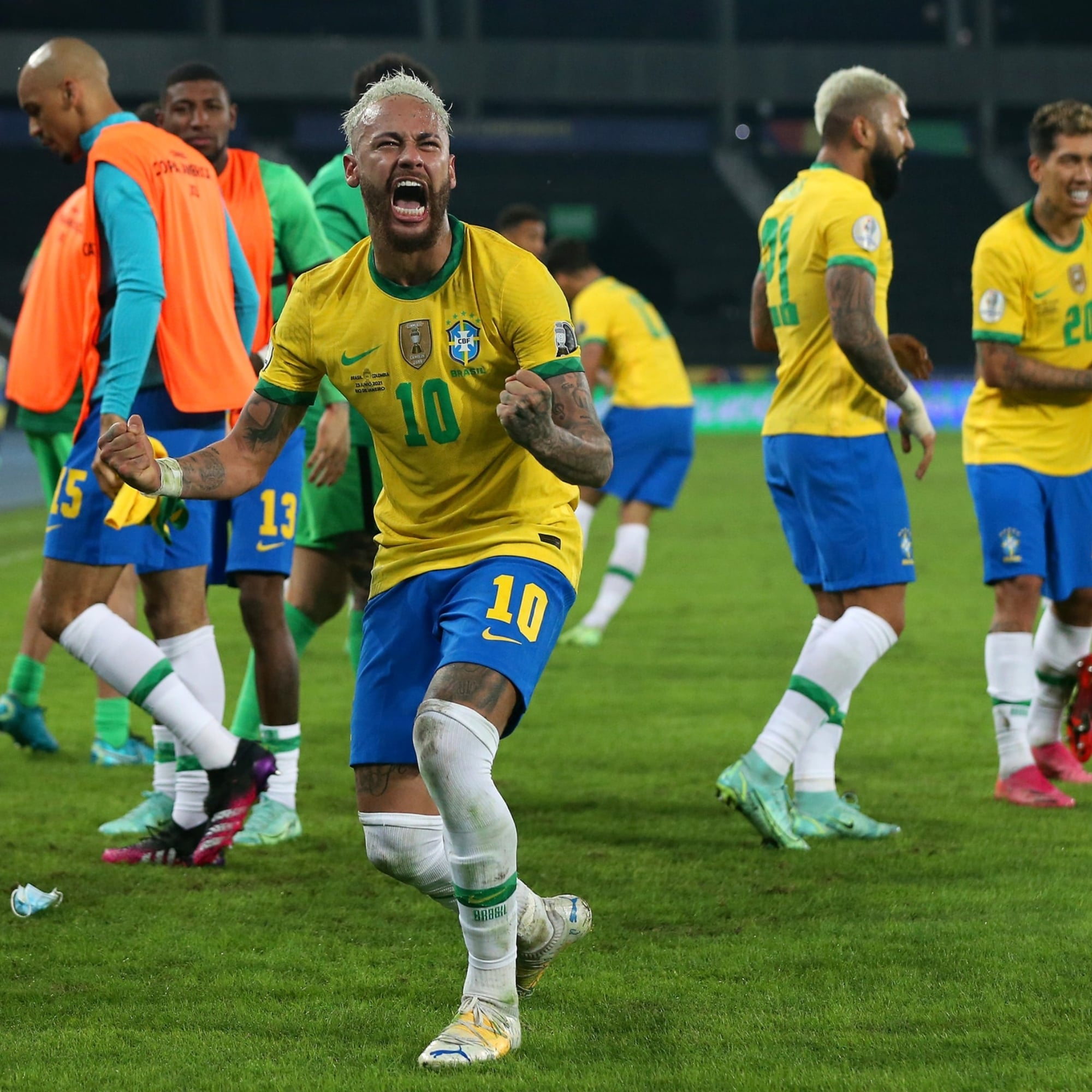 Brasil le remontó a Colombia en el último minuto y quedó como líder absoluto en el Grupo B de la Copa América.