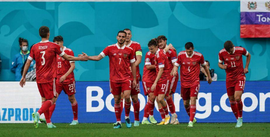 Rusia venció por la mínima a Finlandia y sumó sus primeras unidades en la Eurocopa.
