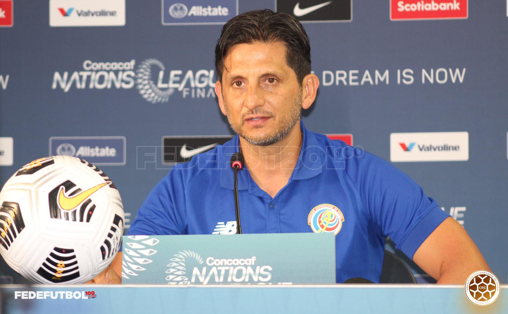 """Ronald González: """"Dichosamente no estamos en la eliminatoria, estamos en un torneo de preparación""""."""