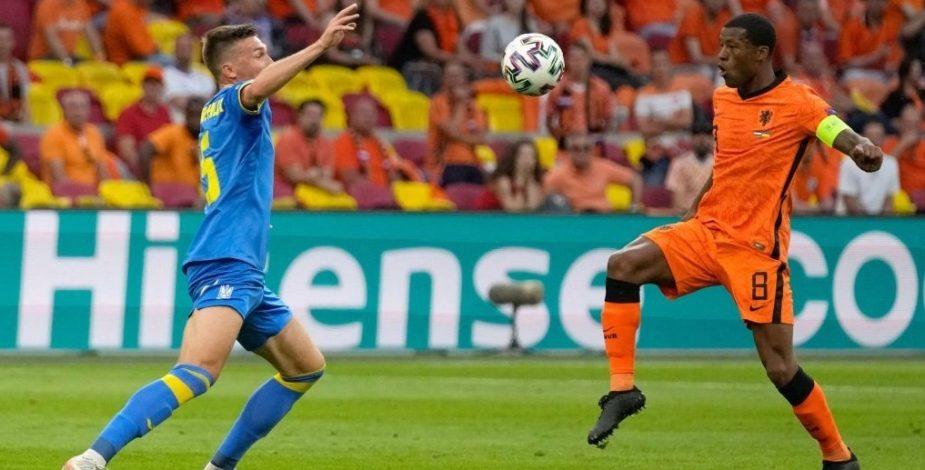 En un partidazo, Países Bajos sufrió para vencer de local a Ucrania.